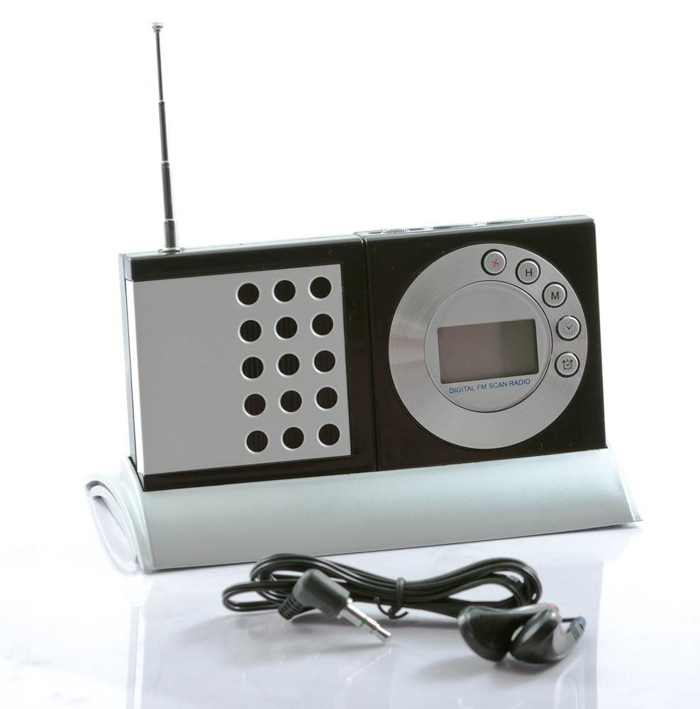 leuke digitale klokradio in standaard en headset